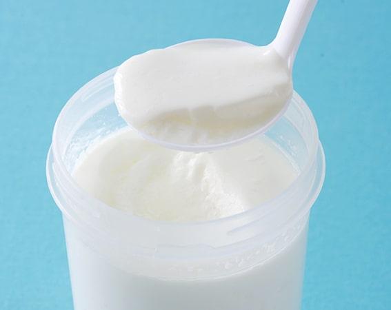 低脂肪牛乳で作ったケフィアヨーグルト